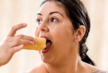 Самотното хранене води до напълняване