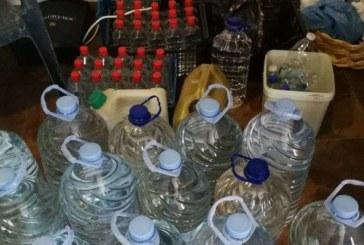 Мощна акция на митница Югозападна! Спипаха над 3 т нелегален алкохол в Петричко