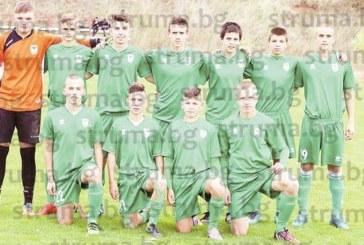 15-г. орлета на четвъртфинал с 11 гола в мрежата на габровци
