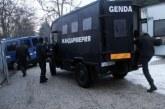 Жандармеристи обсадиха Перник! Разбиха банда за рекет, 5 мутри арестувани