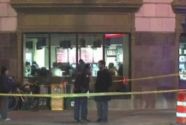 Мъж стреля на посоки в заведение! Един убит, други двама на косъм