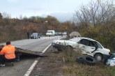 Кола помля патрулка, докато полицаите правели оглед на катастрофа