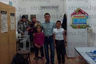 Изследване сред ученици от благоевградското ІІ ОУ показва: 70 от 100 деца имат плоскостъпие и изкривяване на петата