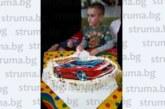Шефът на превозвачите в България В. Дангов подари камион за рождения ден на 7-г. си син