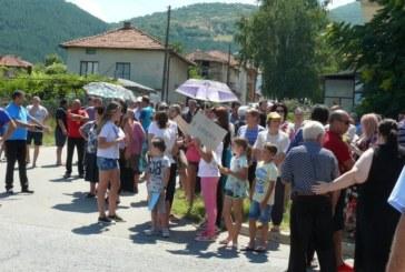 Протестите на 3 села не спряха концесията на кметския син Д. Чонгов, ВАС му разреши да добива 25 г. мрамор от 160 дка в с. Ново Лески