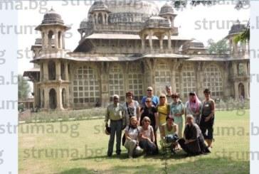 Кюстендилски танцьори покориха Индия с хора от Шопско и Пиринско