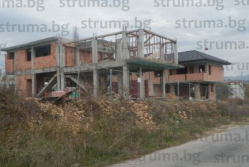 Братът на зеления съветник Андон Тодоров вдигна за 5 месеца 4 къщи на бивши общински терени в Баларбаши