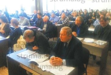 След 2 ч. дебати ОбС – Дупница не избра прокурист на болницата, д-р К. Кирилов предложи за поста зам. шефа д-р Й. Никулчин