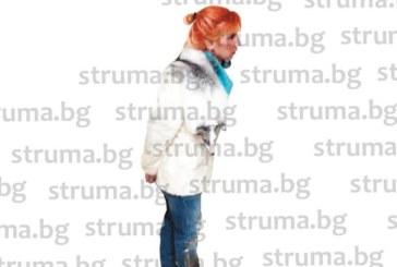 """Сводничката Елмаз Донева контролирала онлайн проститутките, """"сеансите"""" траели 10 мин. срещу 30 евро, яки румънци пазели бардаците"""