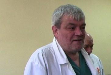 Директорът на болницата в Благоевград с последна информация за наръганите момчета