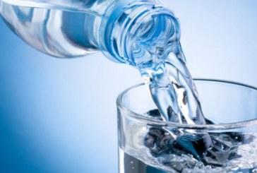 Колко вода да пиете, за да отслабнете