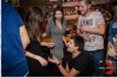 Благоевградска нефроложка прие годежен пръстен от първи братовчед на футболния рефер Й. Гошев