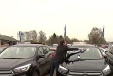Автокъща подарява кола, ако на Коледа завали сняг