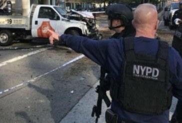 Страшен инцидент в Ню Йорк! Два влака се сблъскаха в тунел