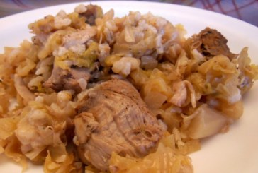 Свинско с кисело зеле и ориз