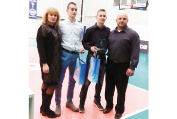 Световният шампион със счупена ръка Ал. Джорджев спортист №1 на Дупница
