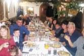 Санданчанка събра на една маса 30 от пиринския род Тагареви, баба Вела им омеси питка с паричка
