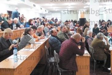 ОБРАТ В КАДРОВАТА ПОЛИТИКА! 3-часово общо събрание в ЮЗУ разреши доценти и професори след 62 г. да се кандидатират за ръководни постове