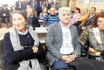 С импровизирано заседание на ОбС и стилен коктейл в Дупница отбелязаха 20 г. от кметуването на д-р Пл. Соколов, от Германия пристигна спонсорът на предизборната му кампания Х. Хюземан