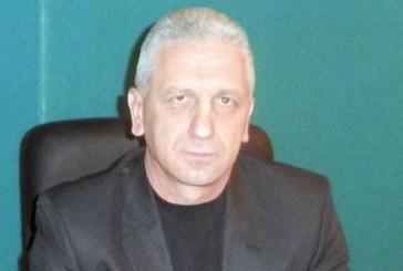 ТОВА СЕ КОМЕНТИРА! Лидерът на АБВ – Петрич Д. Атанасов се изнесе в чужбина, но остава начело на азбукарите от областта