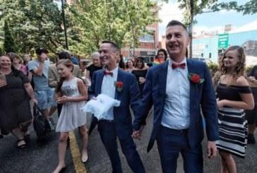 Първите еднополови бракове в Австралия са вече факт