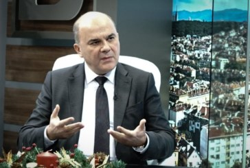 Бисер Петков: 400 хил. работещи ще имат по-високи доходи от 2018 г.