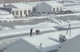 Десет души загинаха заради силен снеговалеж в Китай