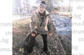 Самотен 66-годишен благоевградчанин осинови 30 патици в реката срещу общежитията на АУБ, храни ги ежедневно да носят радост на всички