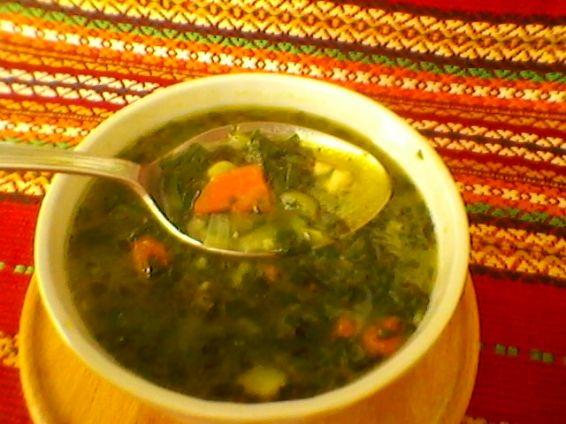 Спаначена супа с пиле