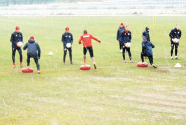 Двата ЦСКА се сближиха в крайния Югозапад