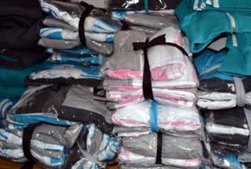 Прокуратурата погна търговец от санданския край, конфискуваха маркови дрехи-менте от дома му