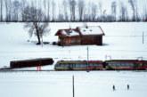 8 ранени след като влак дерайлира в Швейцария заради силен вятър