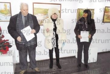 Дупнишки художник нареди изложба за 85-г.си юбилей, омагьоса ценителите с картините си
