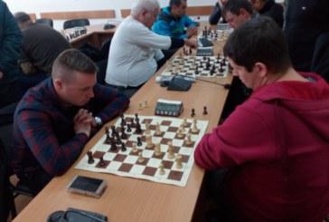Недоразследван от ФИДЕ благоевградчанин се върна в шахмата след 3-г. пауза