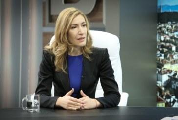 Николина Ангелкова: Няма риск да се презастои Пирин