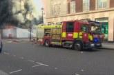 Взрив и пламъци в центъра на Лондон