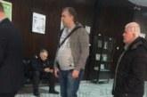 Риката раздаде улично правосъдие! Преби прокурор, познат от игралната зала, делото зацикли