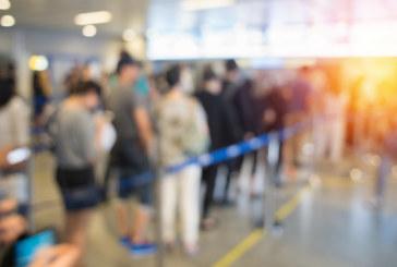 120 българи бедстват на летище в Румъния