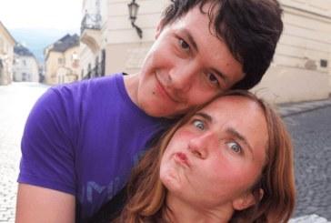 Убиха журналист и приятелката му