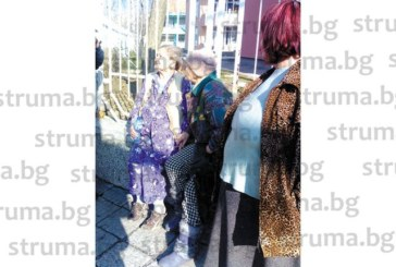 Пенсионираната учителка Катя Шумарска е собственик на апартамента, изпепелен от големия пожар