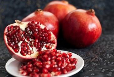 Този плод е малък, но прави същински чудеса за здравето и красотата на всяка жена!
