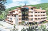 """С гост-изпълнител от Македония отварят обновения след ремонт ресторант в хотел-парк """"Бачиново"""""""