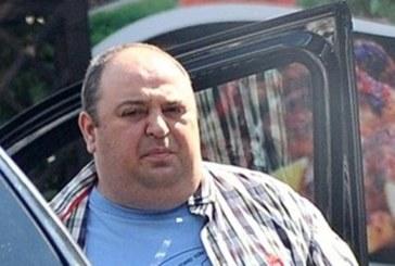Любо Нейков се вози в джип за 250 бона с личен шофьор