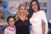 Наталия Гуркова гледа бебето на Десислава