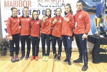 """Дупнишките гладиатори стартираха с две титли и сребро в """"Словения Опън"""""""