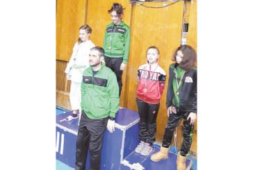 Двама джудисти от Сандански с медали, другите вкъщи с грип