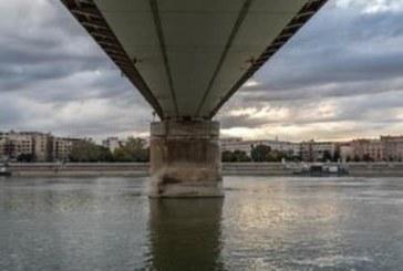 Трагедия! 38-г. Вера се хвърли от мост пред очите на майка си