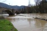 Река Струма подкопава Е-79, строят спешно дига