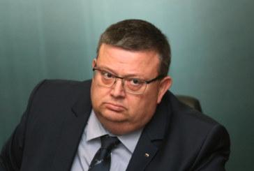 Сотир Цацаров поискал оставката на Димитър Гамишев