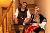 Емилия сияе до любимия си Жорж! Влюбените избухнаха в патриотично парти с джендъра Радков